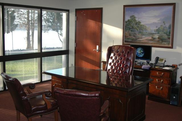 Clean Desk (3)